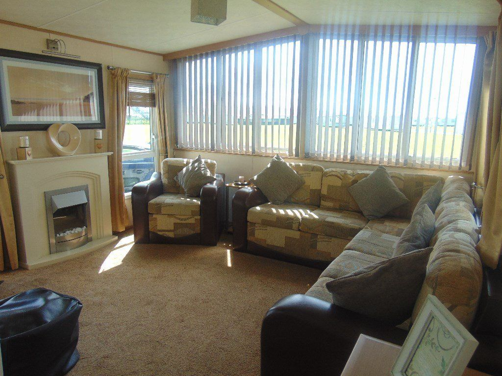 Bargain DG/CH Caravan Sited on North Wales Premier Park !!