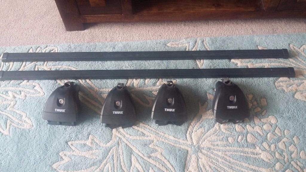 ROOF RACK THULE -Bars 706, footpack 751 and fix kit 3081.