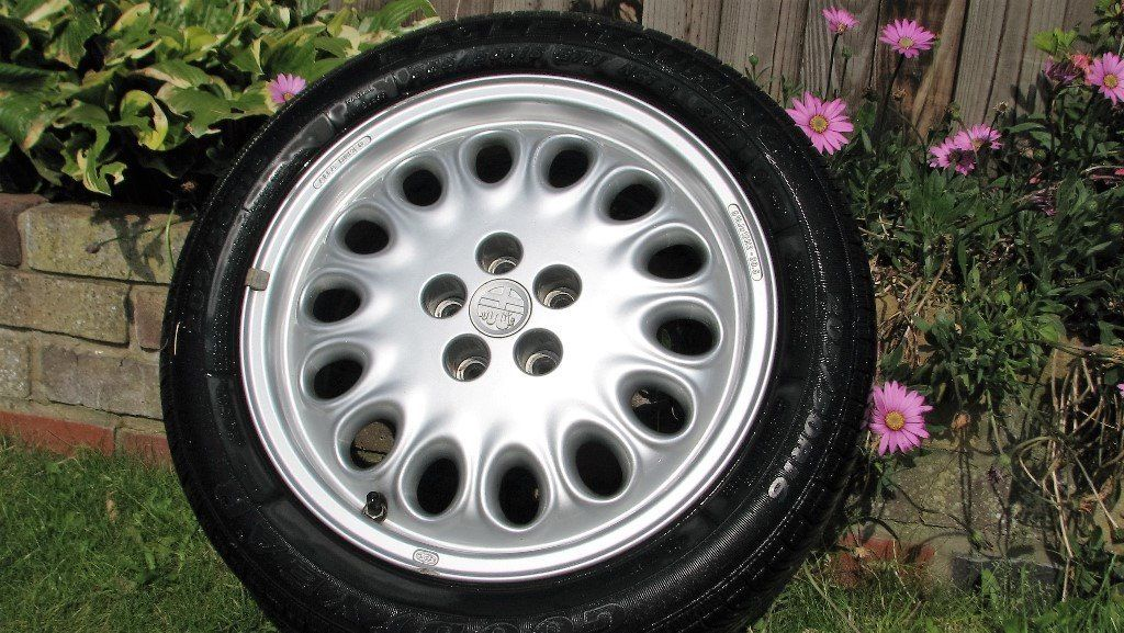 Alfa 916 series S1 GTV / Spider and late S2 164 alloy wheels, original, genuine, from 28k mile car.