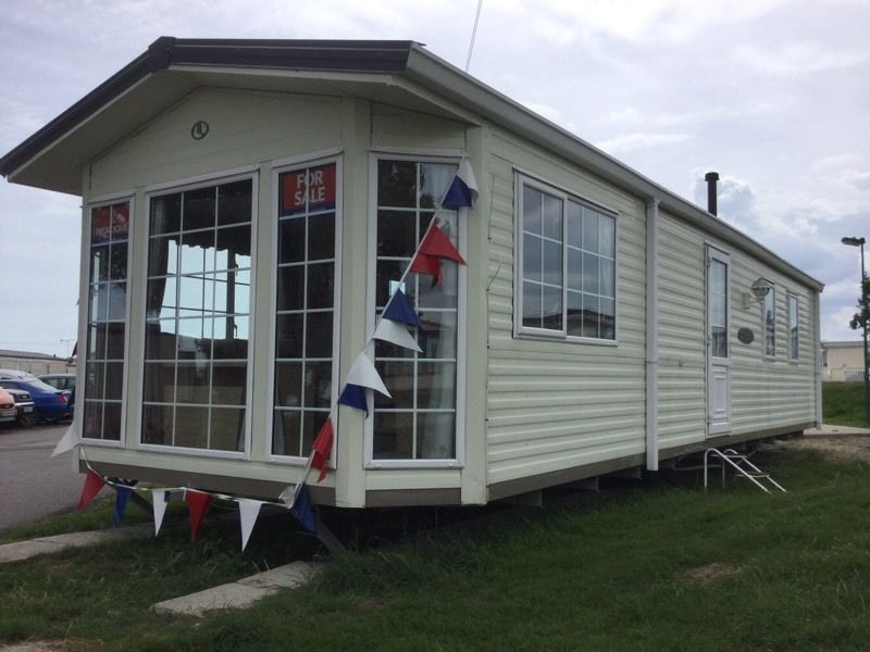 Cheap BK LUXURY static caravan 2 bed 6 berth clacton Essex not highfields
