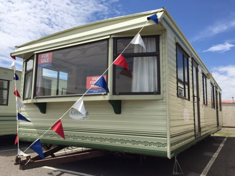 Cheap static caravan 3 bed 8 berth clacton Essex not highfields or valley
