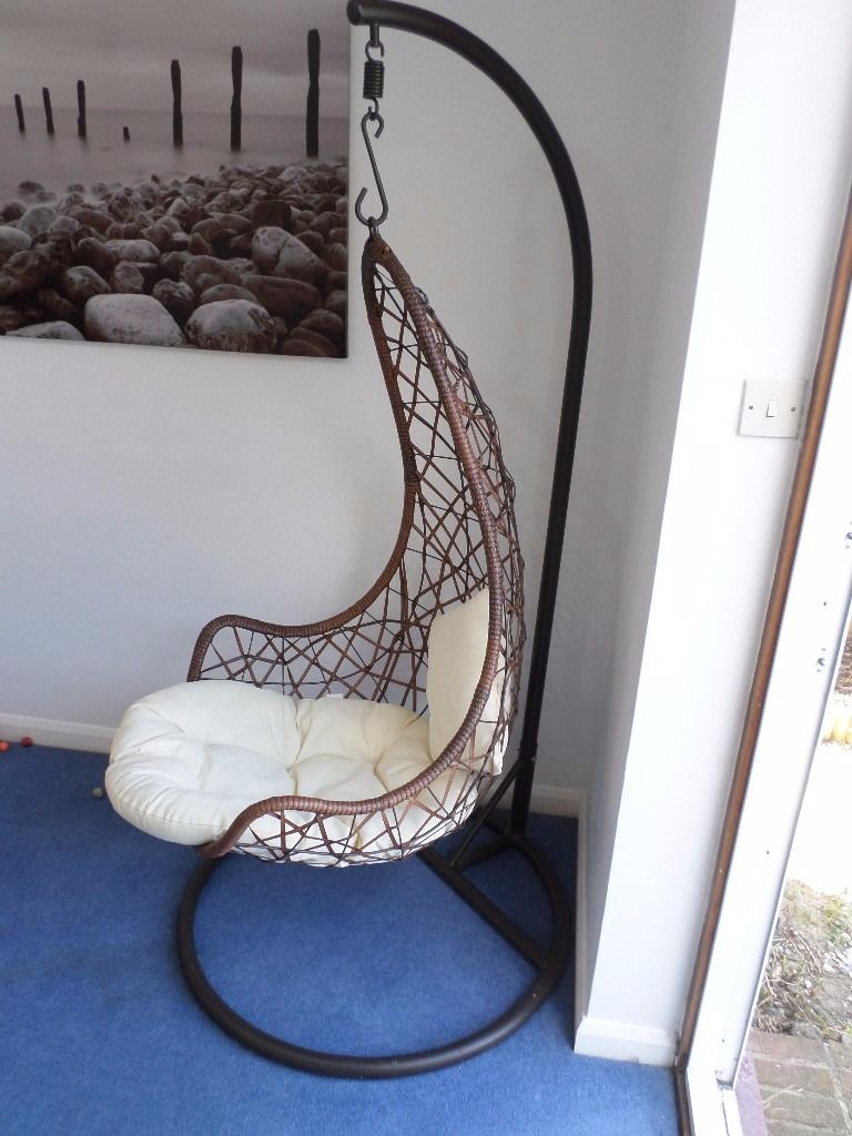 Hanging Garden or Indoor Chair with Washable Cushions