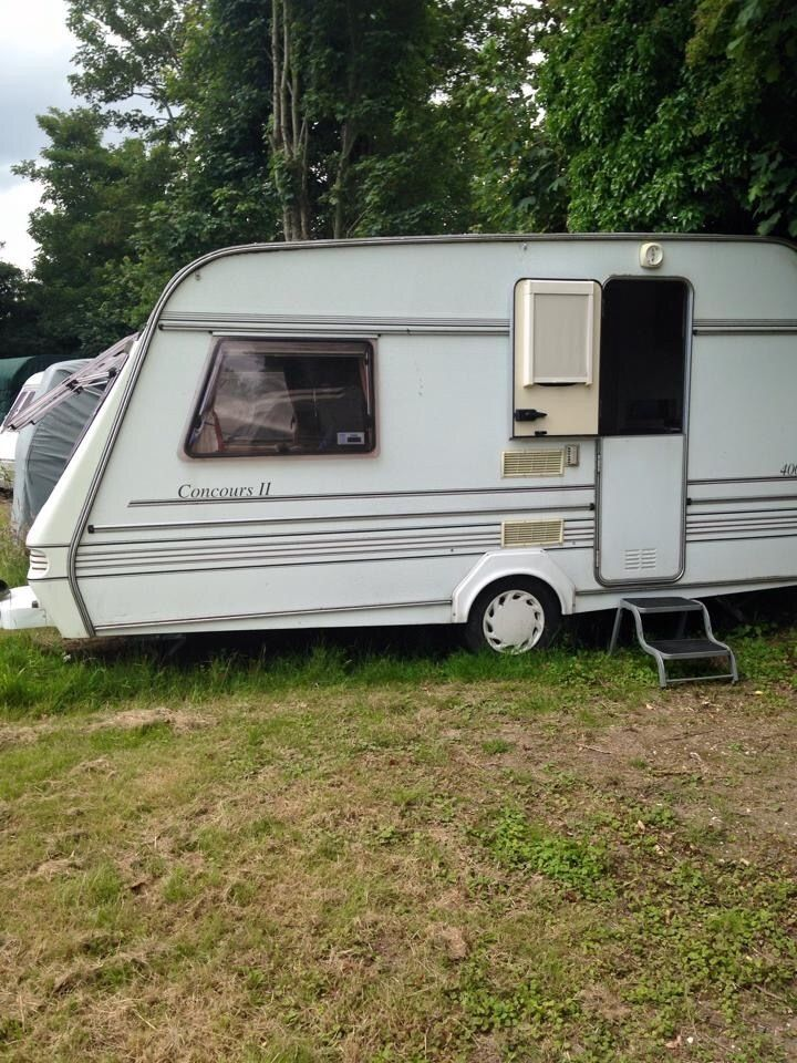 Compass Concours II Good Condition 2 Berth Caravan with Awning