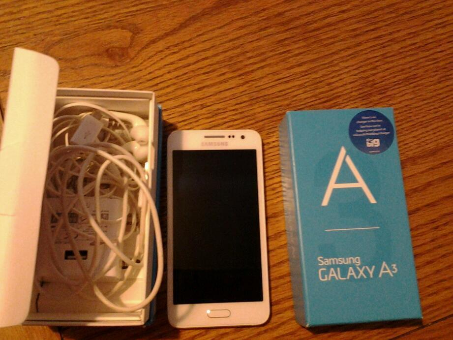 Samsung A3 on 02 network.