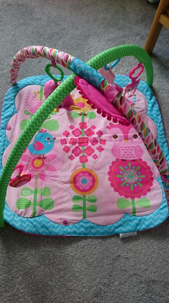 Bright starts pink play gym /mat