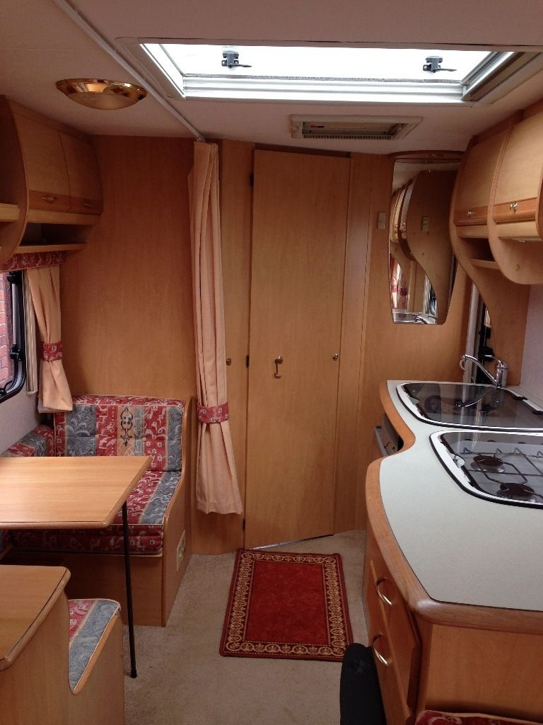 2002 BAILEY PAGEANT LOIRE, 4 BERTH. FULL AWNING. END WASHROOM