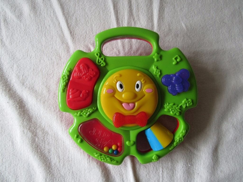 MUSICAL LIGHT UP TOY