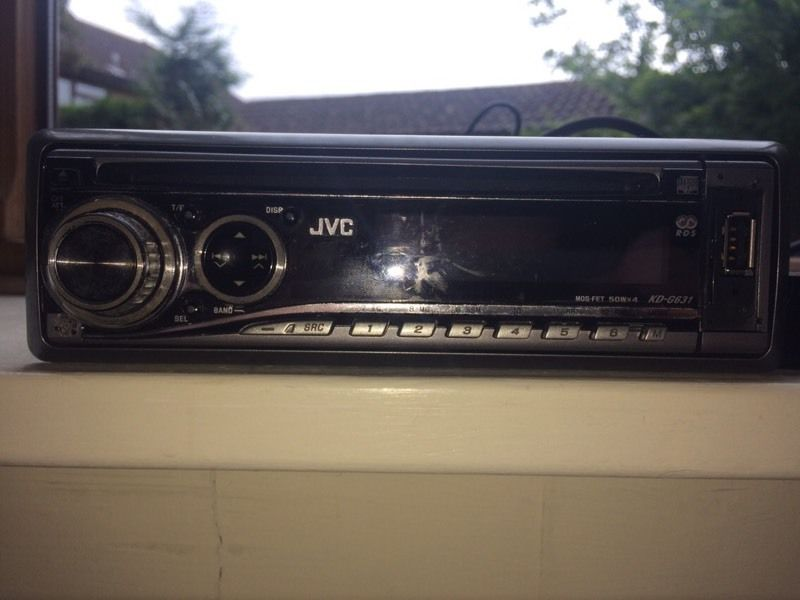 Car radio JVC with ipod cable/mp3/cd player