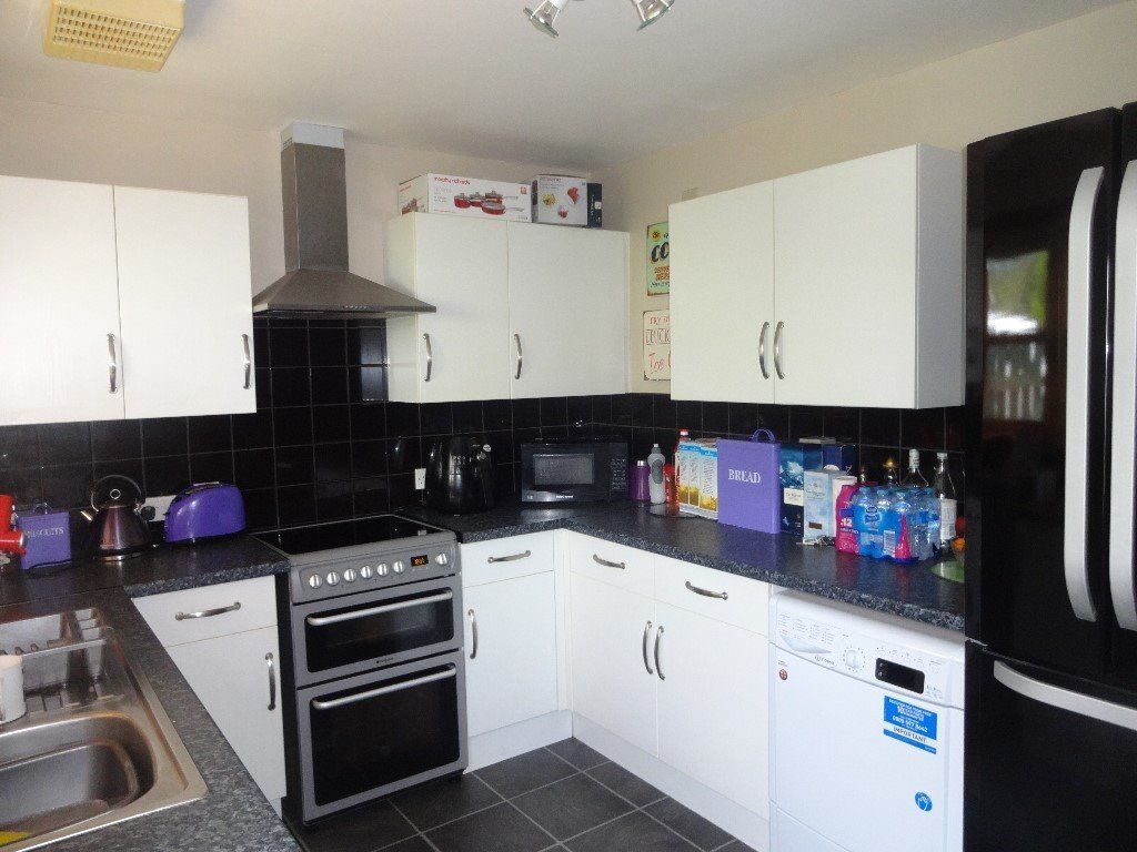 3BEDROOM SEMI HOUSE EXCHANGE FOR STIRLING OR EDINBURGH 35 MILE RADIUS OR EAST LOTHIAN