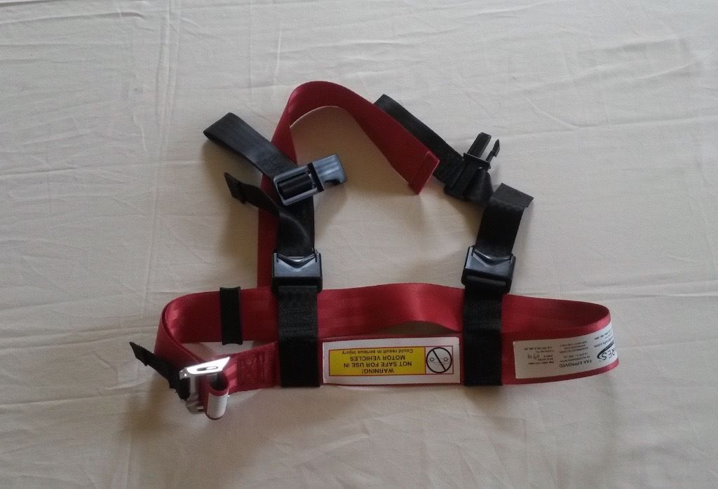 CARE Kids fly safe safety belt
