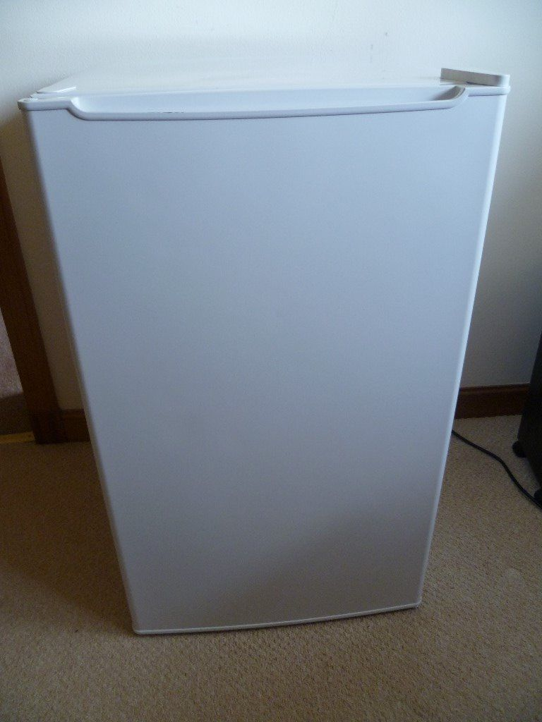 Currys Essentials, 50cm undercounter freezer