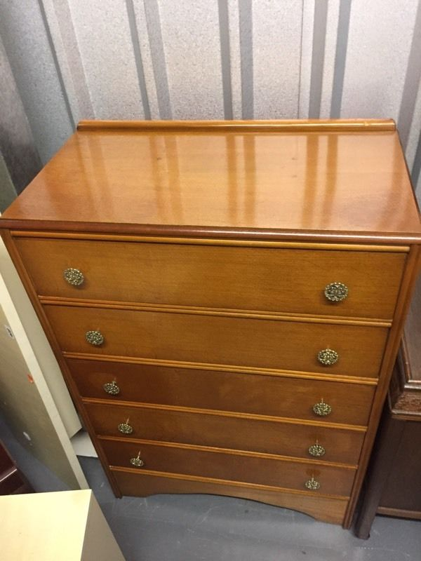 Vintage light oak chest of drawers