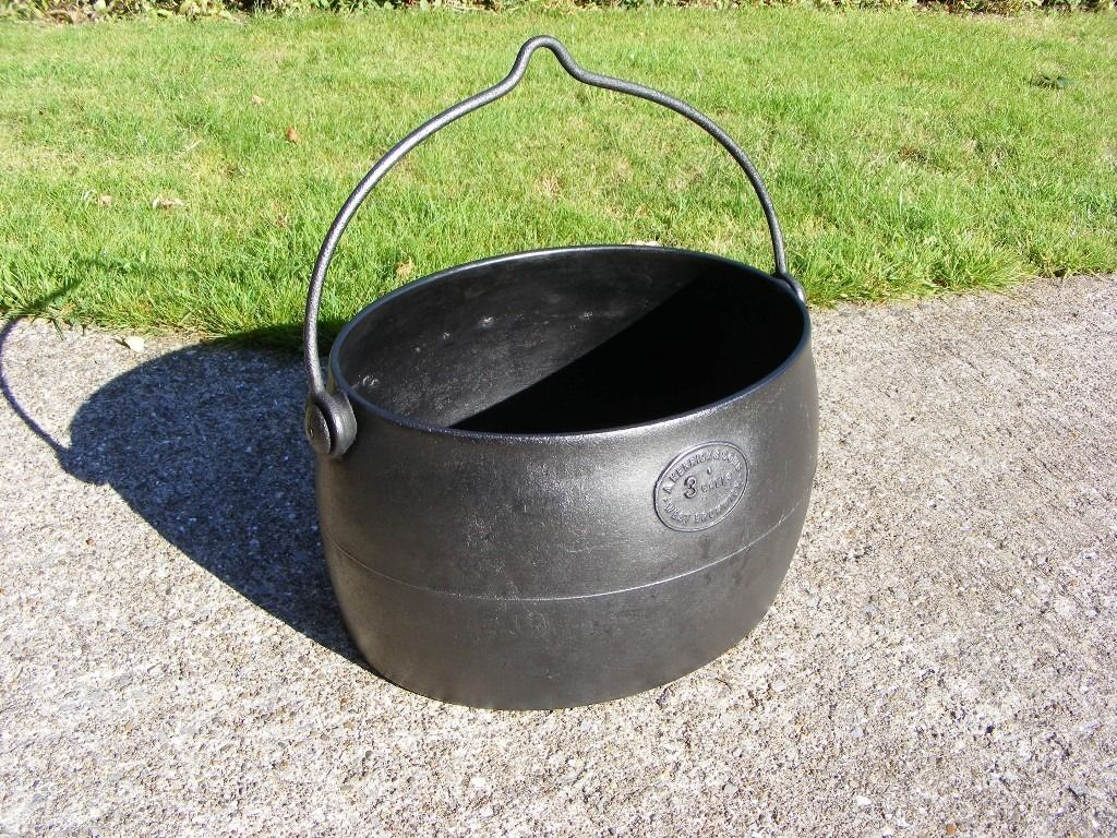 CAST IRON BOILING POT -3 GALLON - MADE BY A KENRICK & SONS OF WEST BROMWICH
