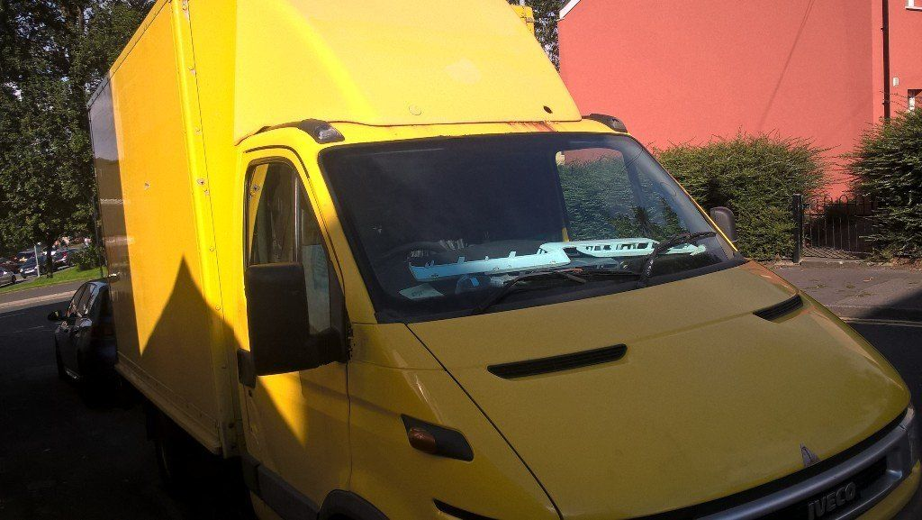 iveco box van with tailgate