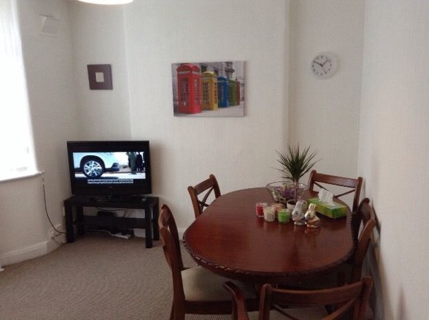Big room in New Moston, Manchester, all bills and wiFi included 80pw