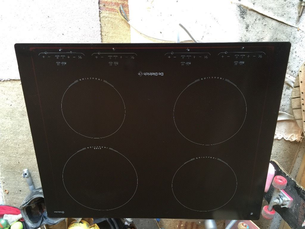 DeDietrich induction hob