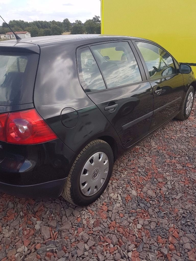 Vw Golf 1.6 auto 05-07 breaking for spears or repair