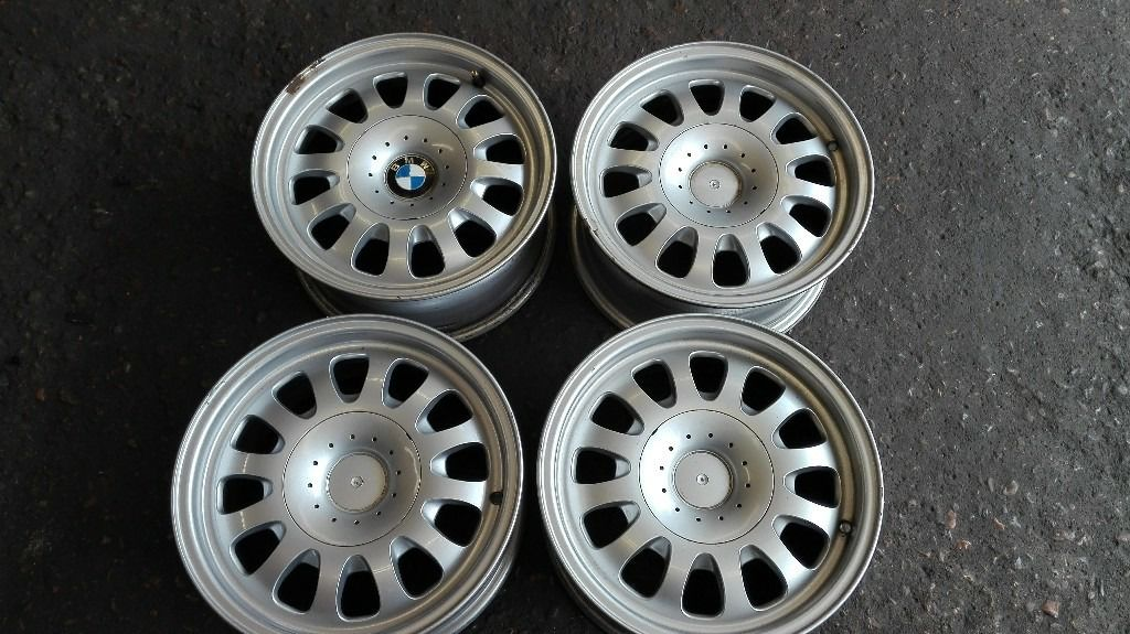set of four bmw alloys 5 series
