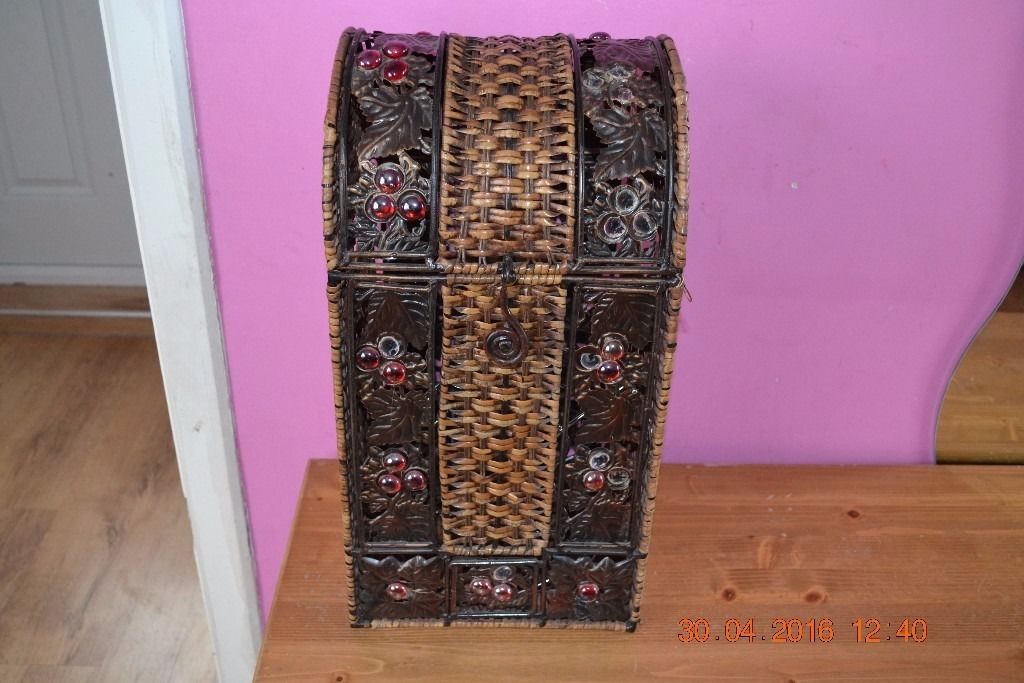 WICKER RATTAN WINE STORAGE KITCHEN BOX TRUNK CHEST