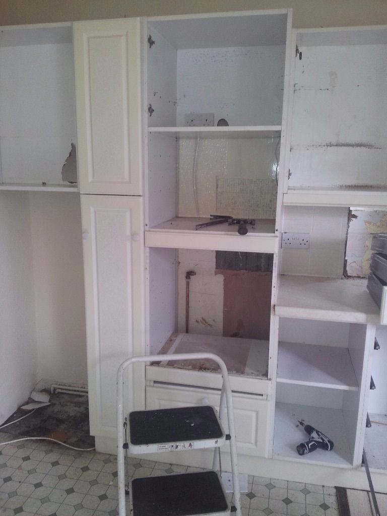 Free large kitchen for colection only