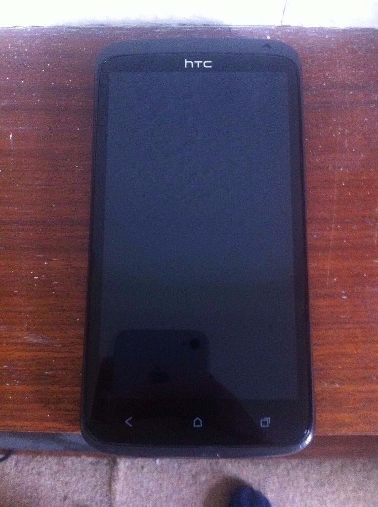 iPod touch 5 32GB and HTC ONE X 32gb swap for a decent phone