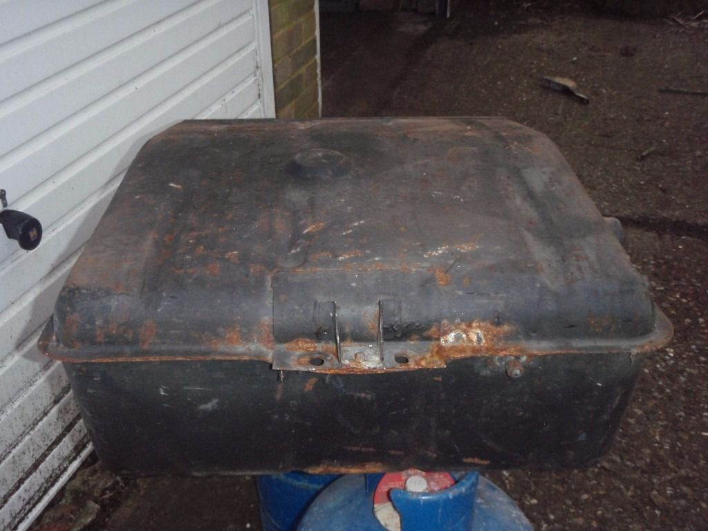 Range Rover Petrol Tank Early Model.