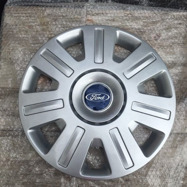 GENUINE FORD HUBCAPS