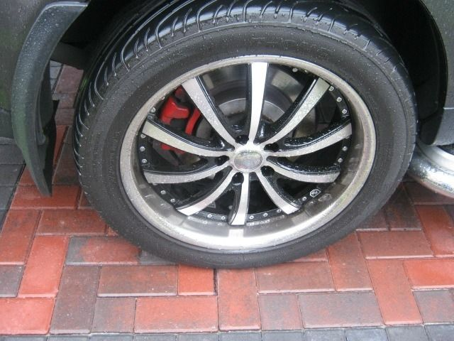 "20"" rs fox futura alloy wheels with good tyres"