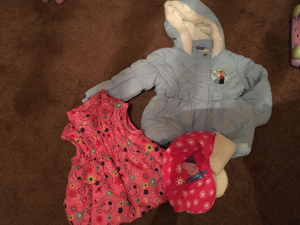 Frozen jacket and peppa pig gilet