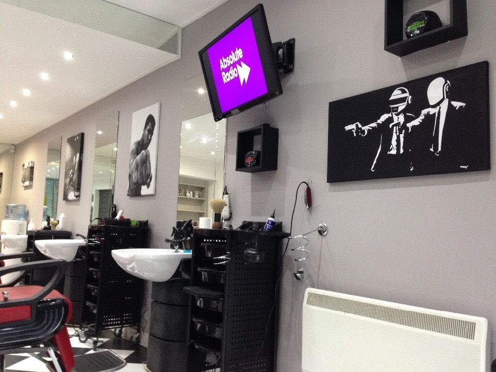 BARBER REQUIRED FOR BUSY SOUTHSIDE SHOP