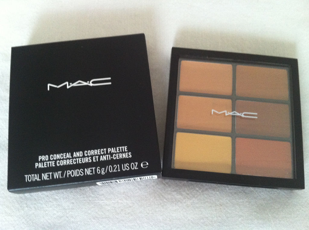 MAC Cosmetics Pro Conceal and Correct Palette/Medium Deep