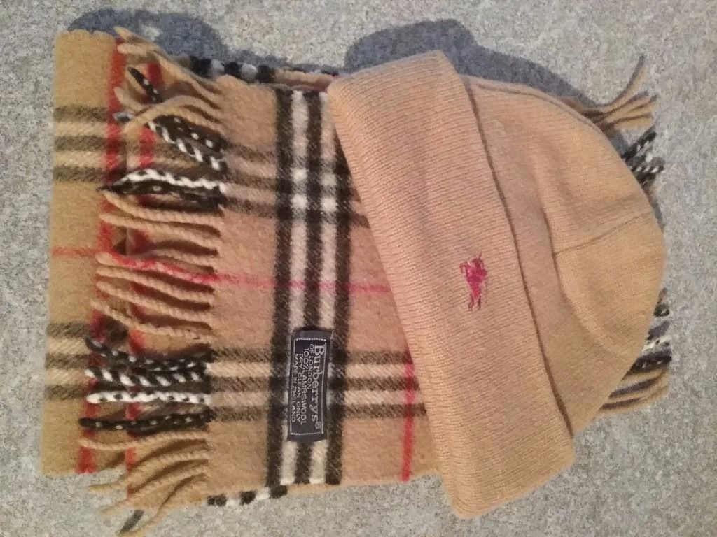 Burberry Hat and scarf set