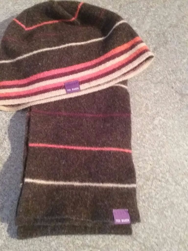 TED BAKER HAT AND SCARF SET