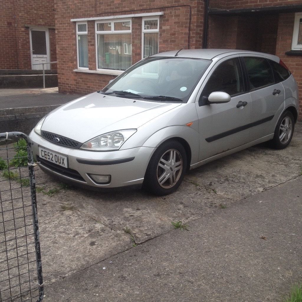 Ford Focus 1.8 tdci breaking for spares.
