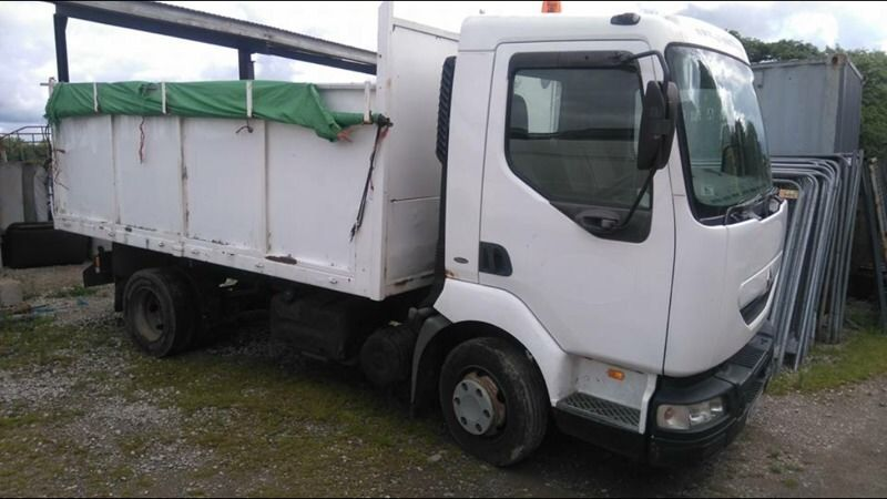 Renault midlum 7.5 tipper only 47km on clock