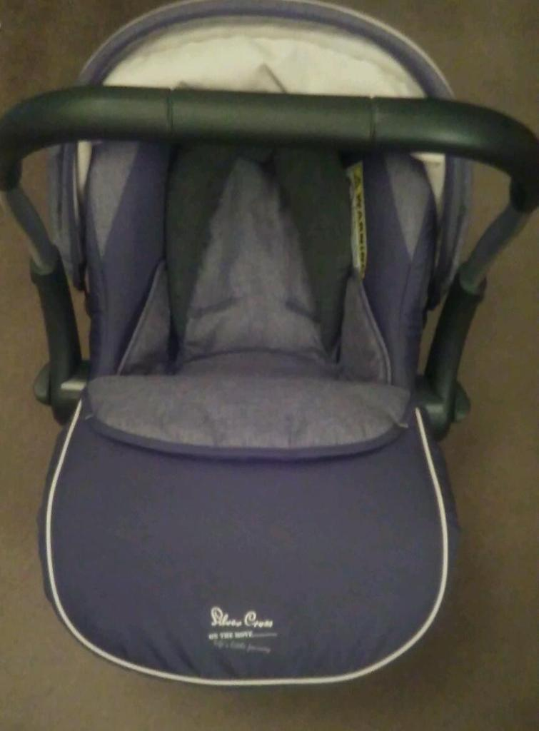 Silver cross baby car seat for new born and up to 15 months