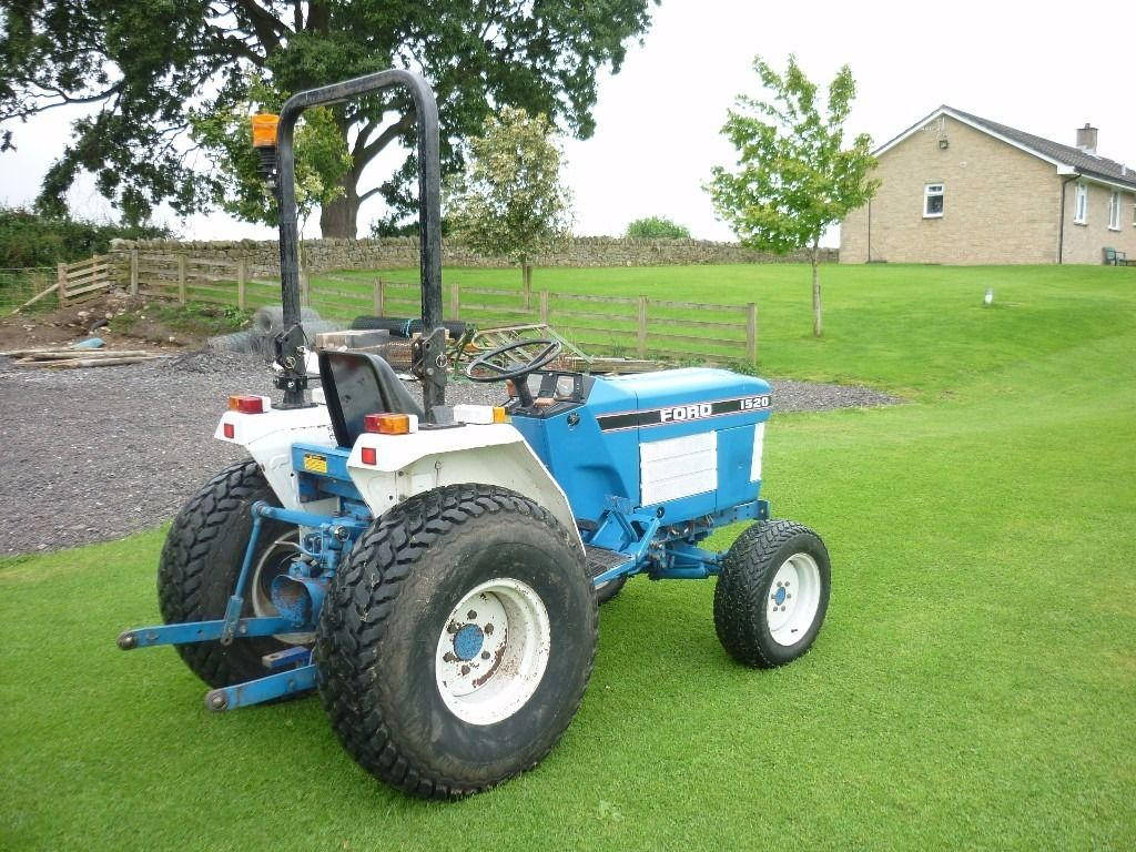 Ford 1520 compact tractor/ small tractor/ mini tractor only1773 hours No Vat
