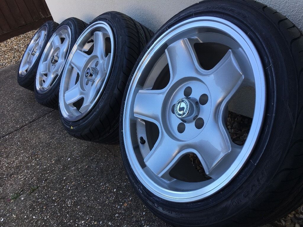 x4 brand new Schmidt modern line alloys with brand new yoko Tyres