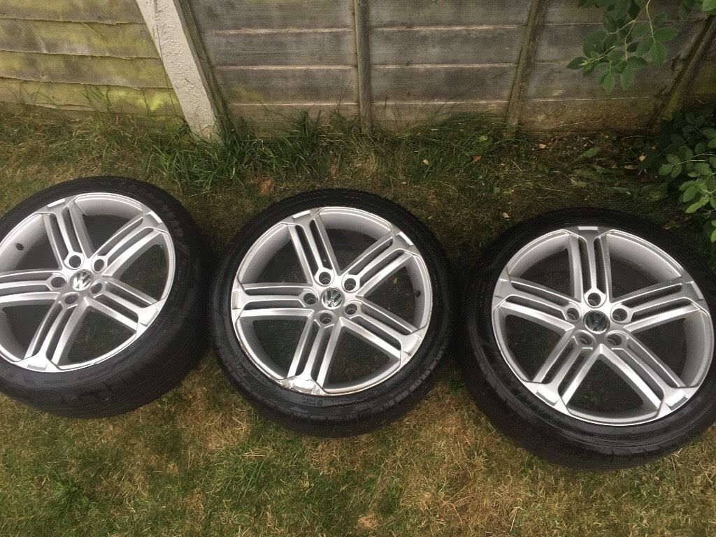 Three Genuine 18 inch Scirocco Type R alloys