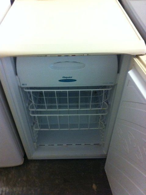 Quick Sale! Hotpoint Undercounter Freezer - Delivery Available!