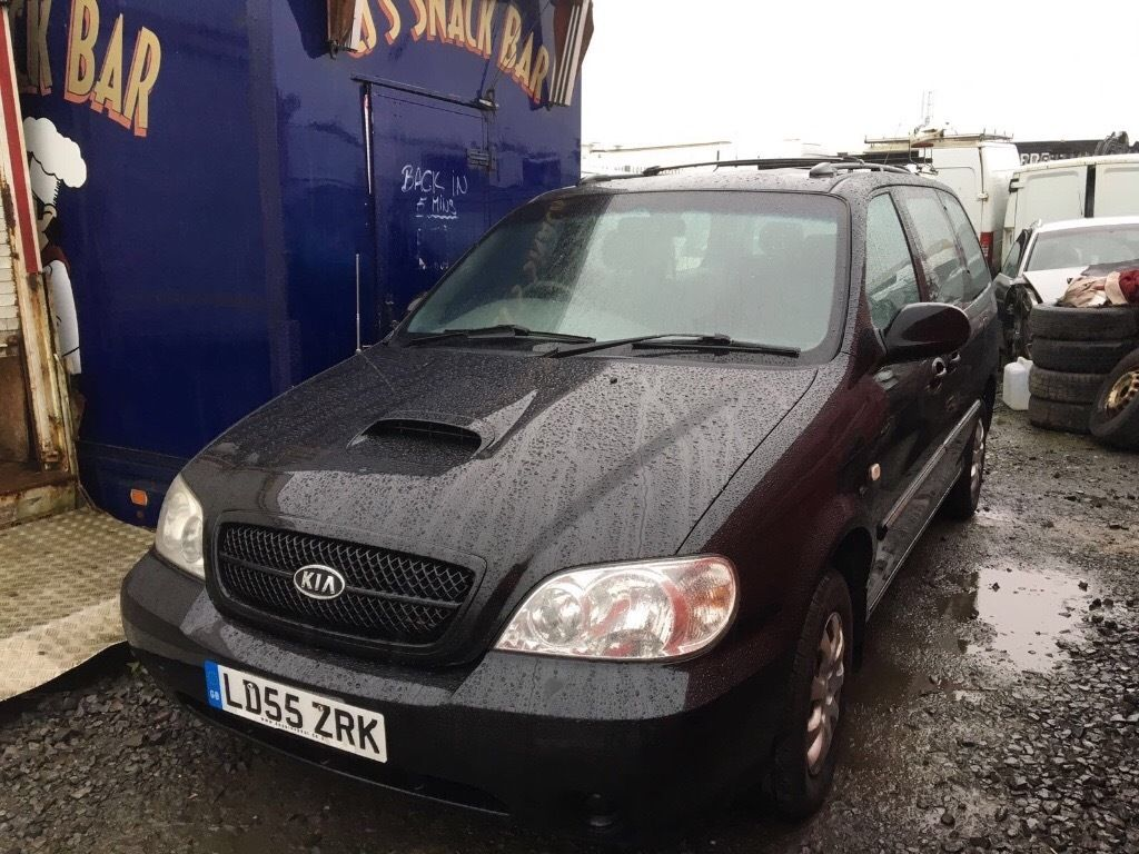 Kia Carens 2004 year diesel - Spare Parts Available