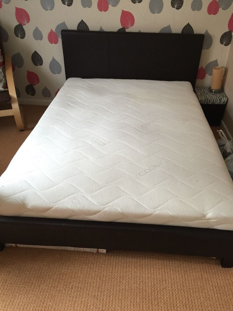 Used double bed with mattres