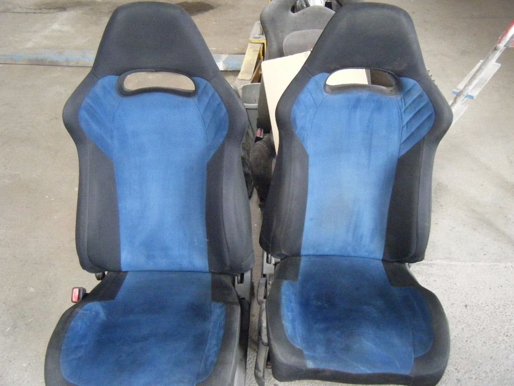 SUBARU BUGEYE BLOBEYE UK 300 BLUE SUEDE INTERIOR IE SEATS DOORCARDS
