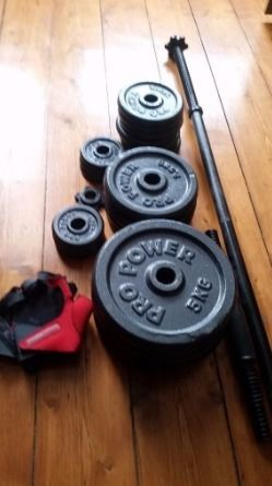 Pro Fitness Barbell Dumbbell Set - 50kg. Solid Cast Iron.