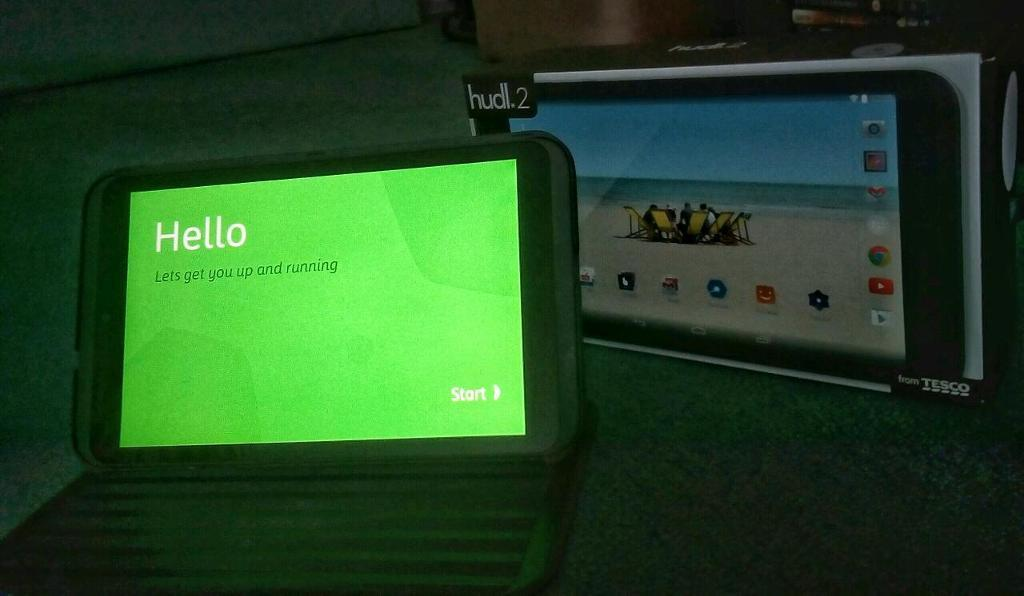 Hudl 2 tablet in mint condition with case (bundle)