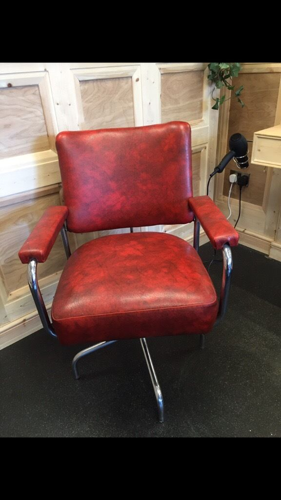 1970's BARBER CHAIR FOR SALE