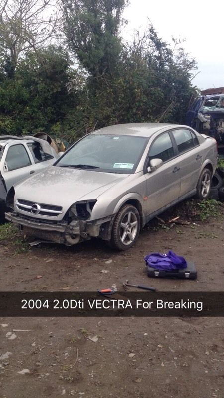 2 Vectras 2.0 DTI BREAKING FOR PARTS 2005