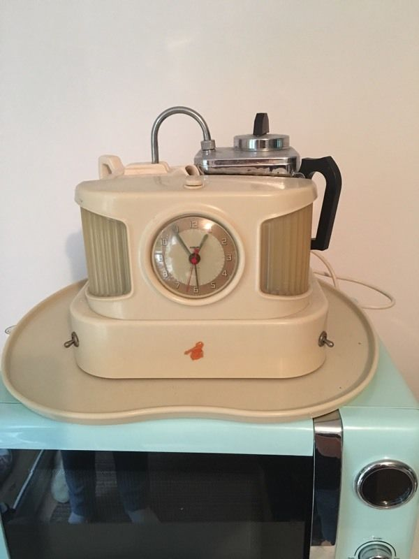 Art deco vintage teasmaid fully working order