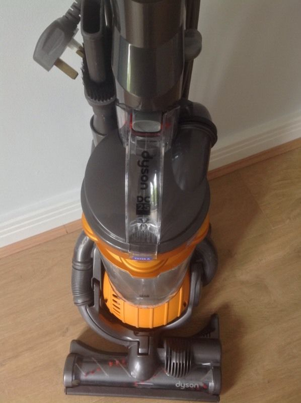 Dyson DC25 Multifloor Upright Vacuum Cleaner
