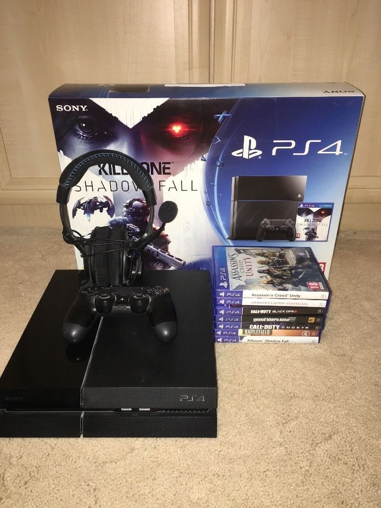 PS4 console 7 games & turtlebeach headset